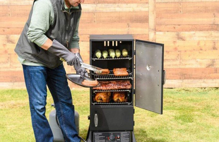 Best Masterbuilt Smokers Reviews and Buying Guide